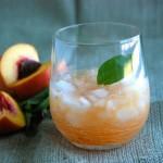 Cách pha chế cocktail đào cực đơn giản