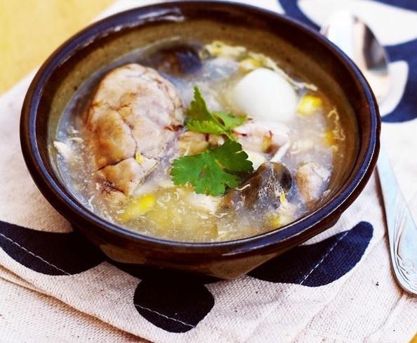 Cách nấu canh súp gà óc heo