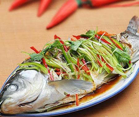 Cách làm cá trắm nhồi ỏi tây