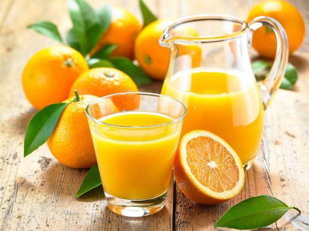 Bà bầu bổ sung nước cam khi mang thai cần lưu ý