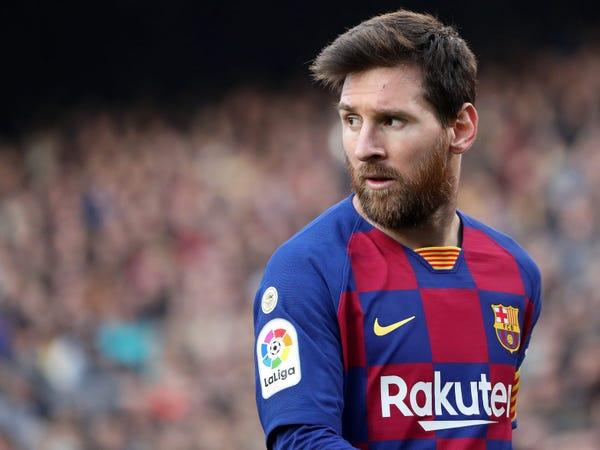 """Tin bóng đá tối 27/8: Man City """"giành pole"""" vụ Messi"""